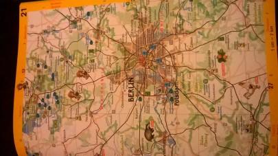 Gelbe Straßenseiten (C) Glückschuh Verlag